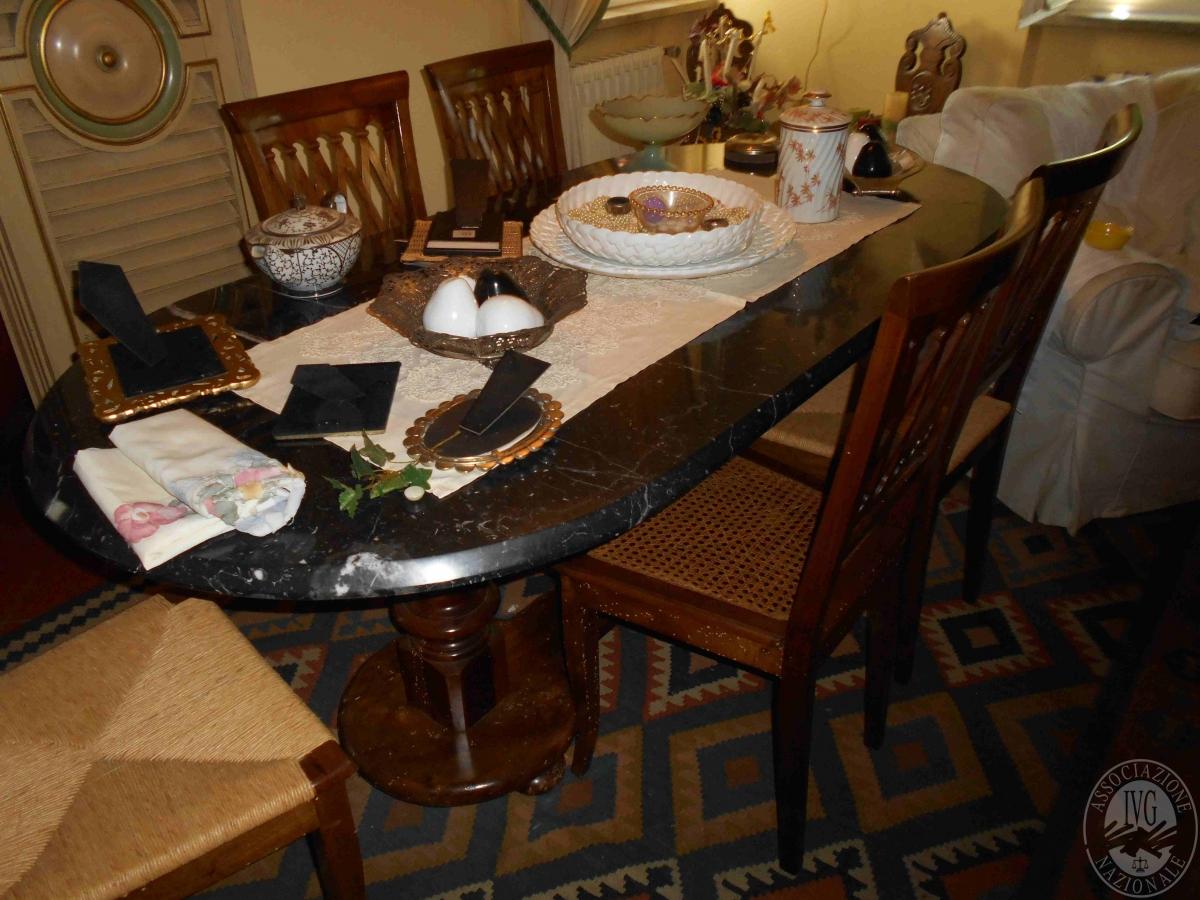 Credenza Con Piano In Marmo : Arredamento tavolo piano marmo mobile credenza tavolino