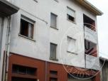 Immagine di ULTIMA ASTA. Fabbricato catastalmente ad uso abitativo e negozio/ufficio su tre piani con sottotetto praticabile ed autorimessa.