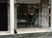 Lotto 3: piena proprieta' negozio con piccolo retro e bagno in Parma