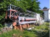 Immagine di LOTTO 5: Gru Dalme mt 25,50, 2 benne per calcestruzzo, 1 porta macerie, 2 cesteli in ferro porta materiale, cavi per gru, 1 forca per gru