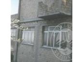 LOTTO 1: Diritti di piena proprietà su appartamento ai piani 2° e 3° di mq. 187 con annessa soffitta di mq. 62 a p. 4°. Ampi terrazzi e balconi.