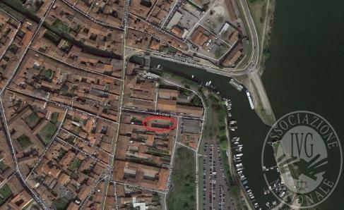 Immagine di Lotto 3 - quota di 1/3 posto auto, Palazzo dell'Arsenale, Mantova, Via Cadore n.7-9